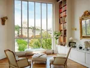 Paris-Perfect-Montmartre-Vacation-Rental-Living-Room